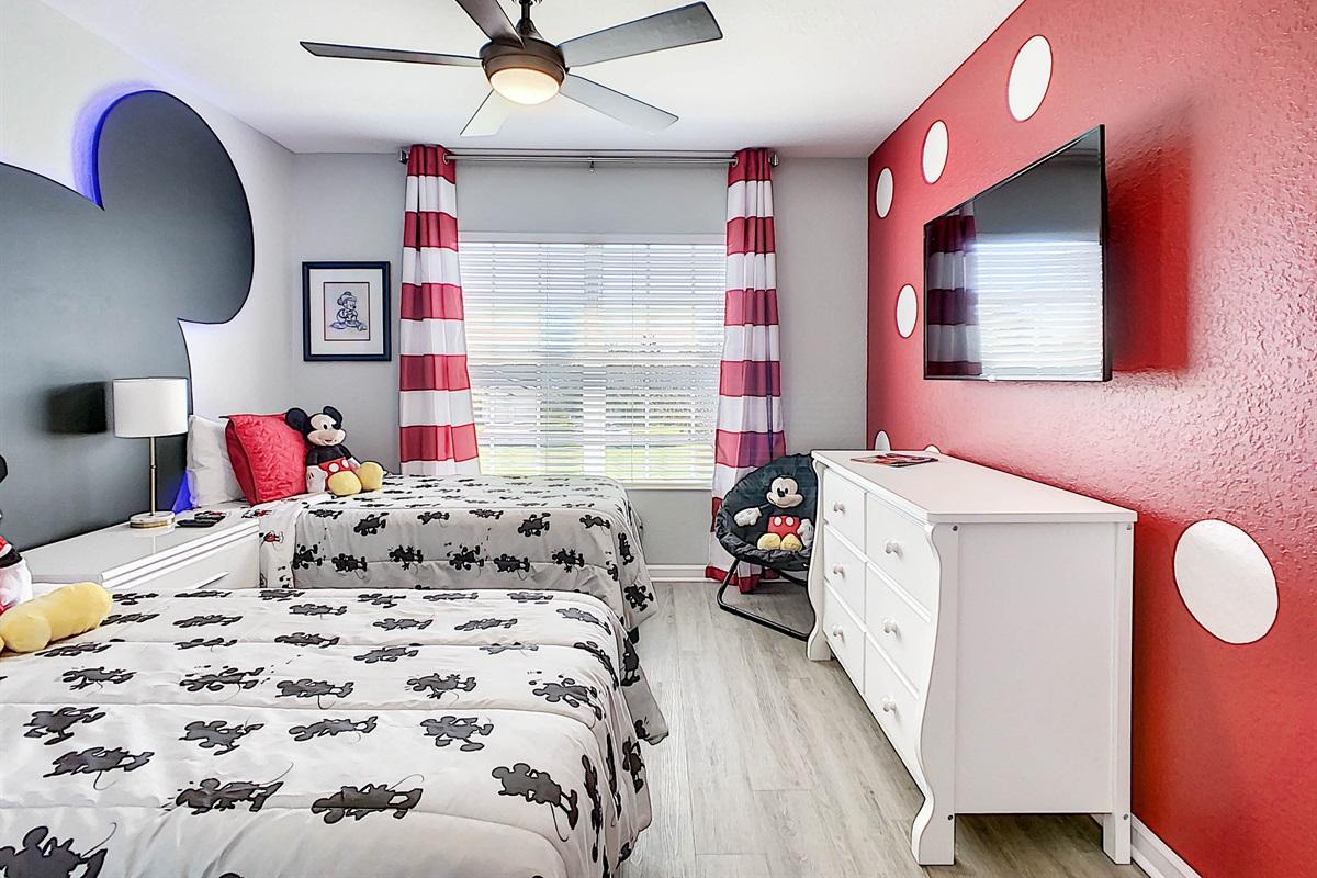 Bedroom #5 (Mickey & Minnie Theme)-2nd Floor-2 Twin Beds