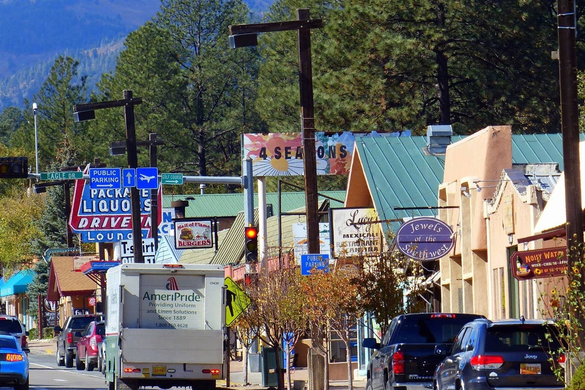 Downtown Ruidoso - SHOPPING!