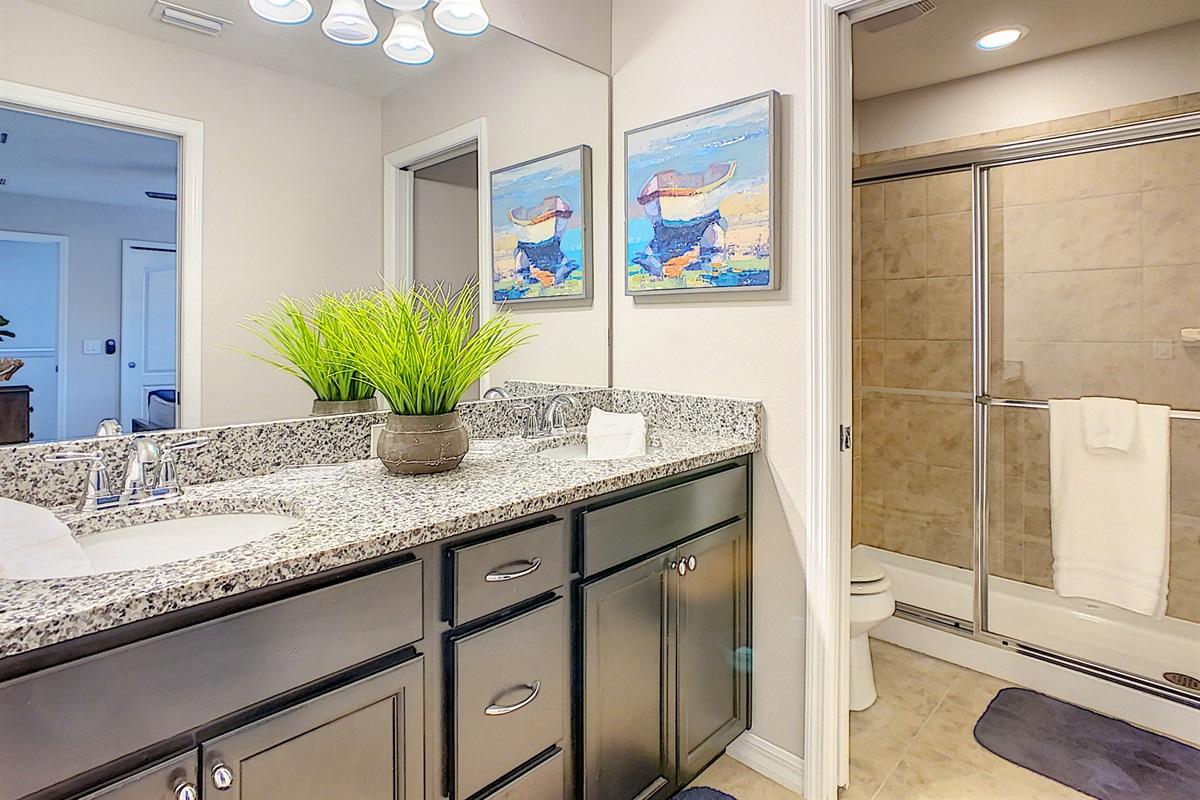 Suite 3 - En Suite Bathroom