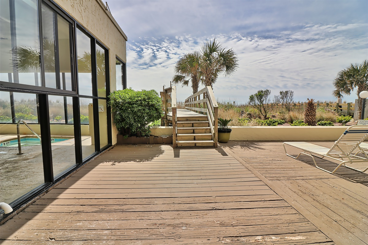 walk way to beach & indoor pool