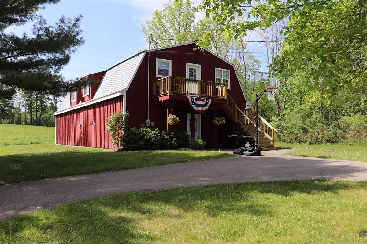 Breezy Acres Farm Apartments