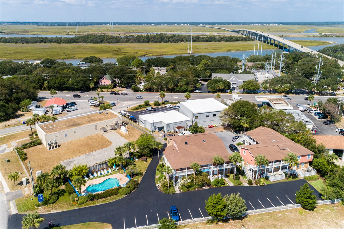 Close to the IOP Connector - easy on and off the island.