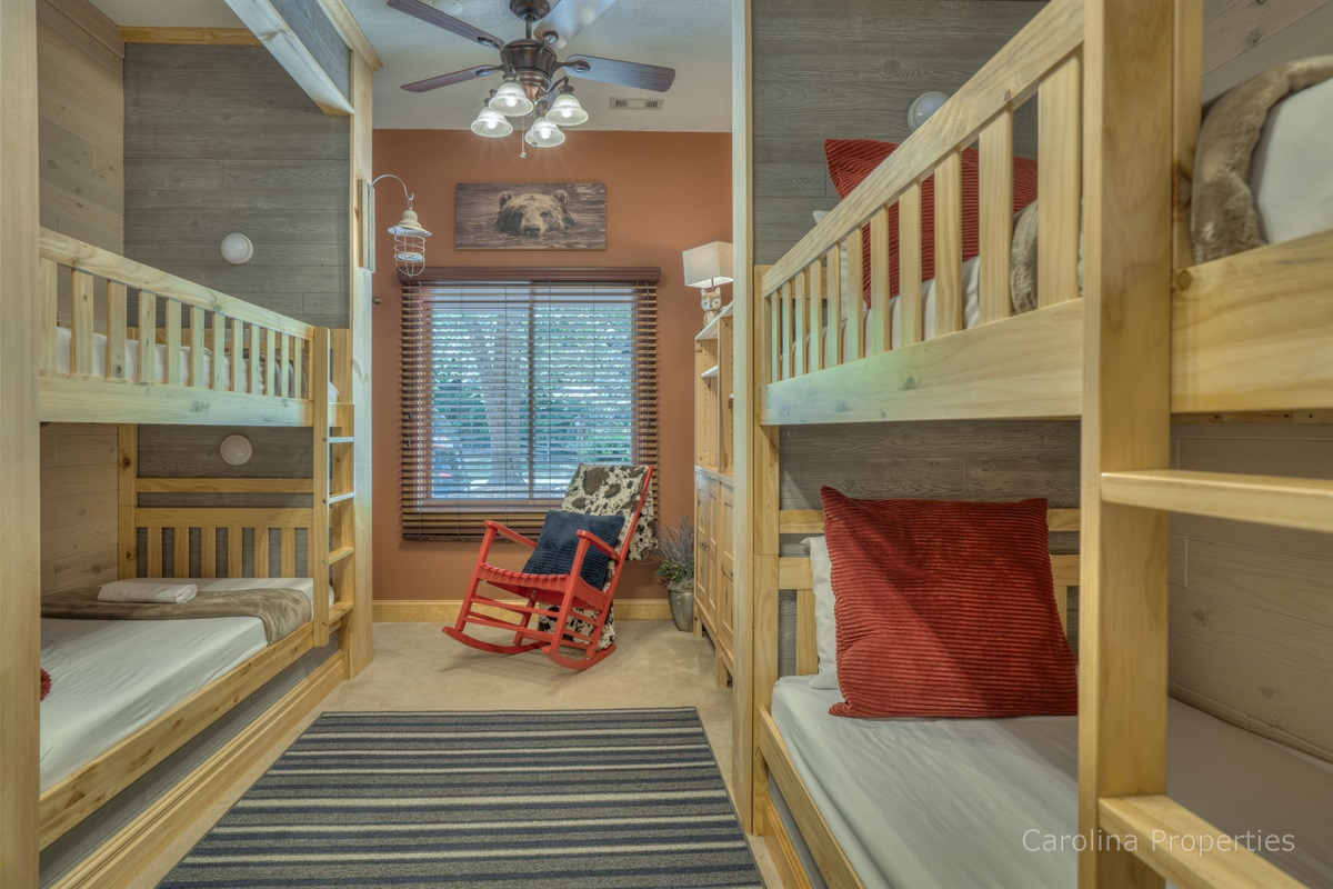 Super awesome bunk room