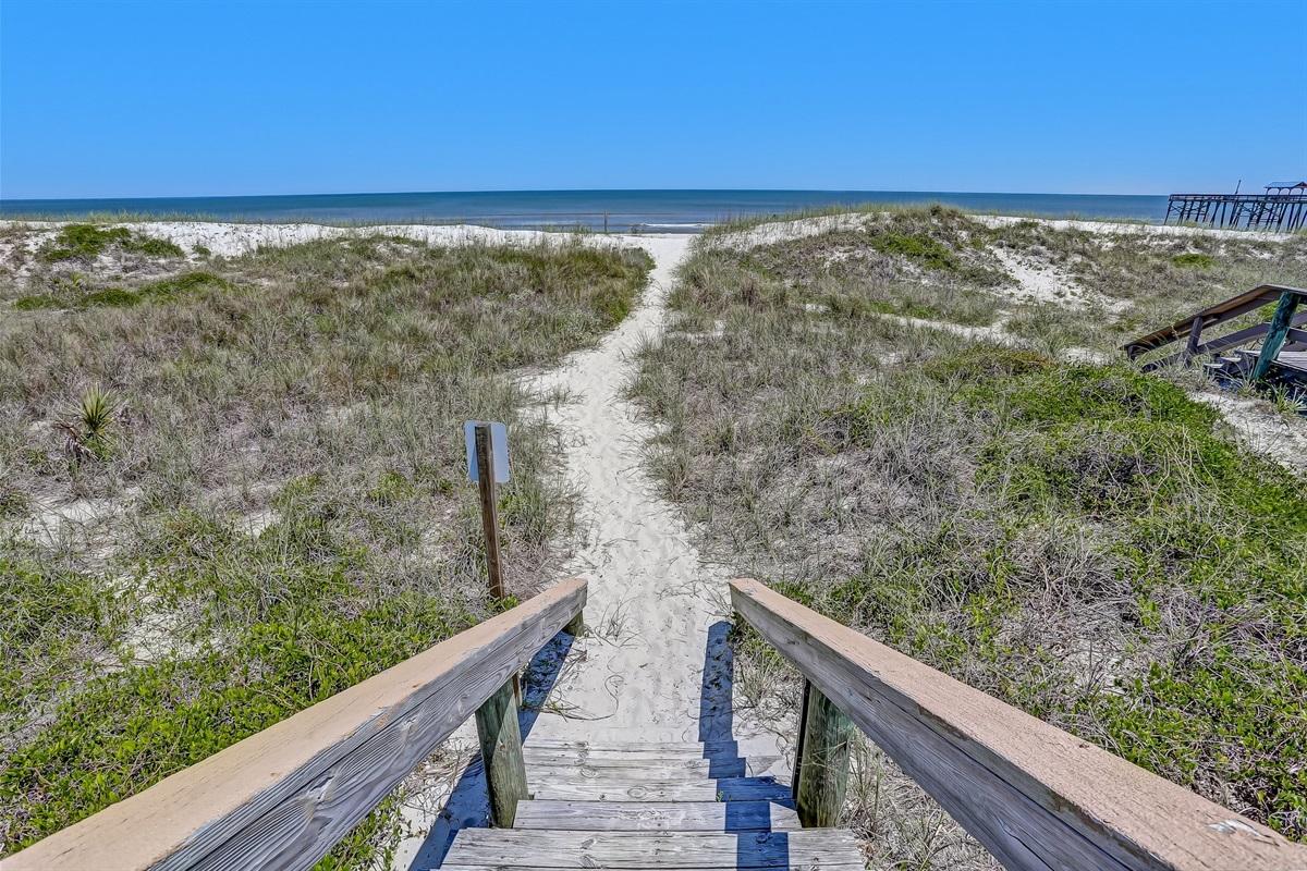 Easy Walk to Beach