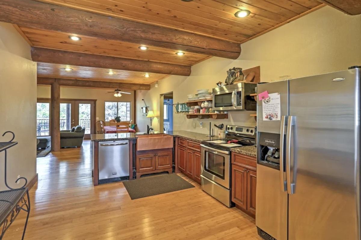 2 big kitchens
