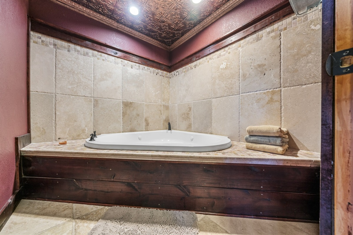 Every guest can easily access the Spa Room
