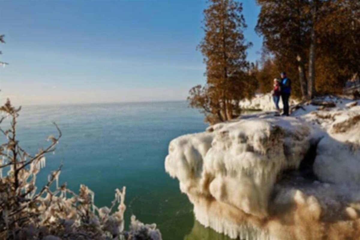 Cave Point County Park (5360 Schauer Rd, Sturgeon Bay) has amazing hiking in the winter and summer. Underwater caves, swimming/jumping from cliffs, kayak along the bluffs. Must see location.