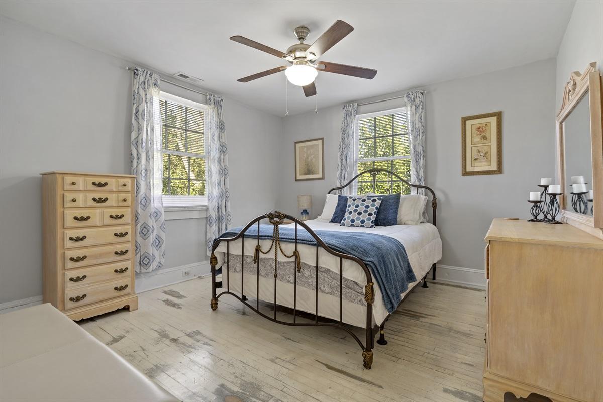 Queen Bedroom 1