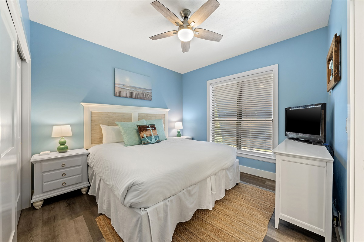King Bedroom Left