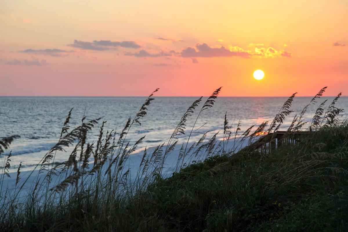 Capture a Colorful Destin Sunset