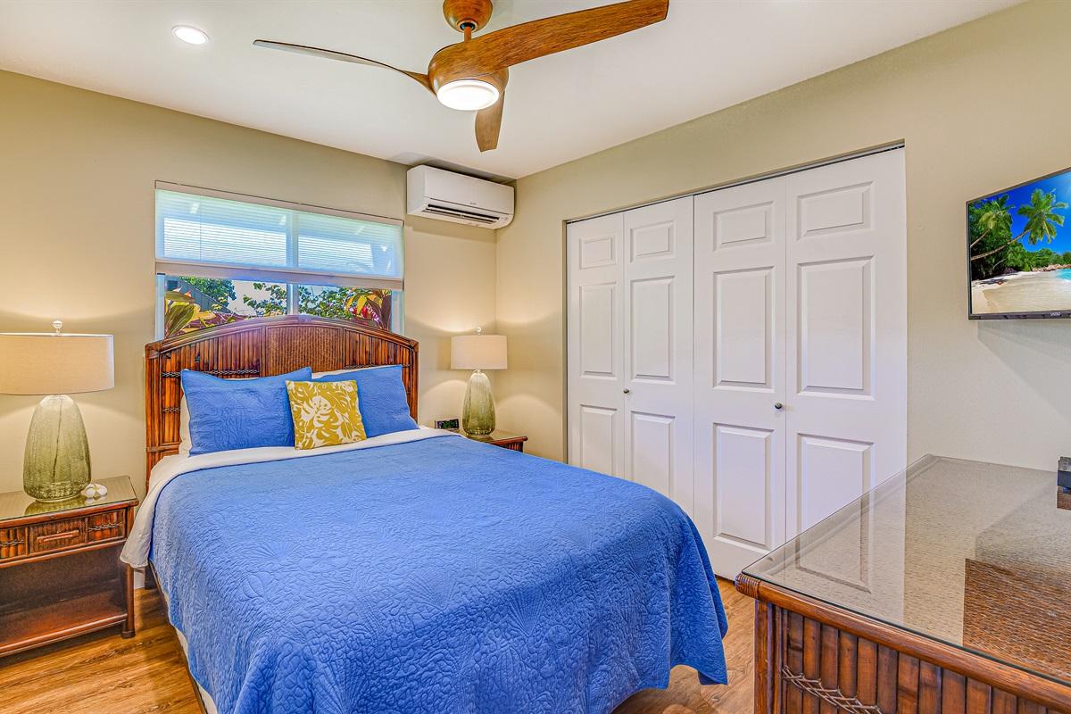 """BDR #3 Queen bed (luxury Posturepedic), 32"""" HD TV, quietAC, fan, dresser, mirror"""