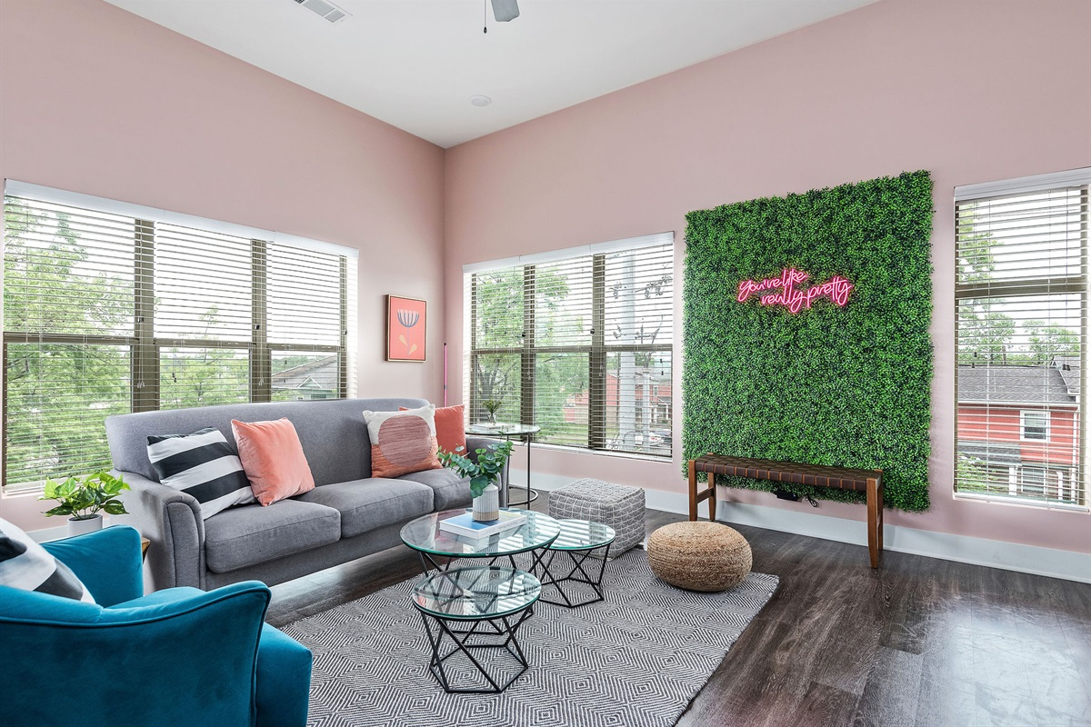 Large living room with seating for 8