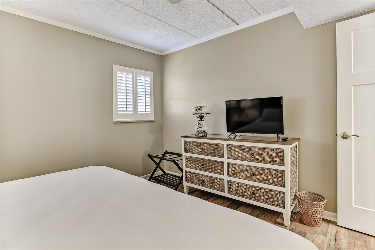 Guest Bedroom with TV