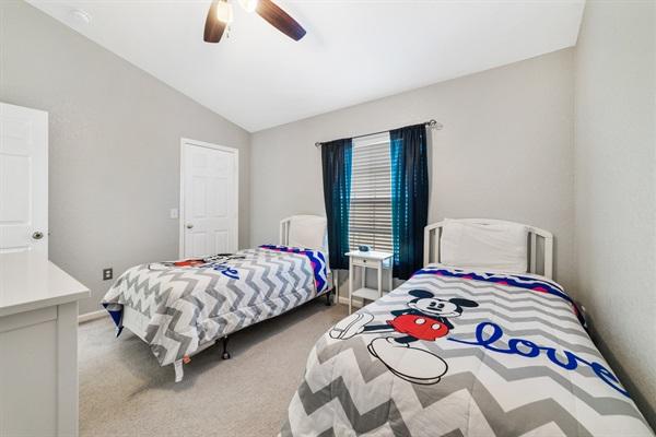 Kids (Upstairs) Bedroom pic 1