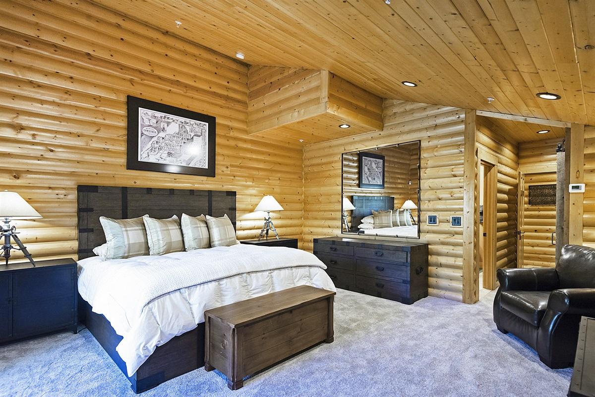 Master bedroom - king bed, TV, ensuite bath