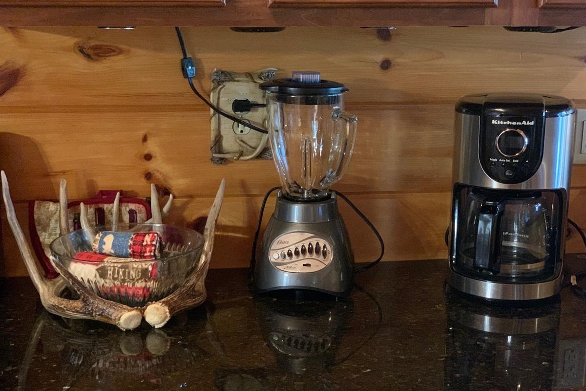 Blender & Coffee Maker