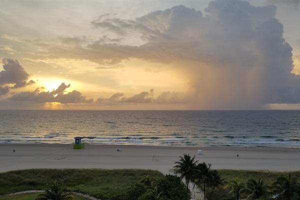 Enjoy the Beautiful Florida Sunrise!