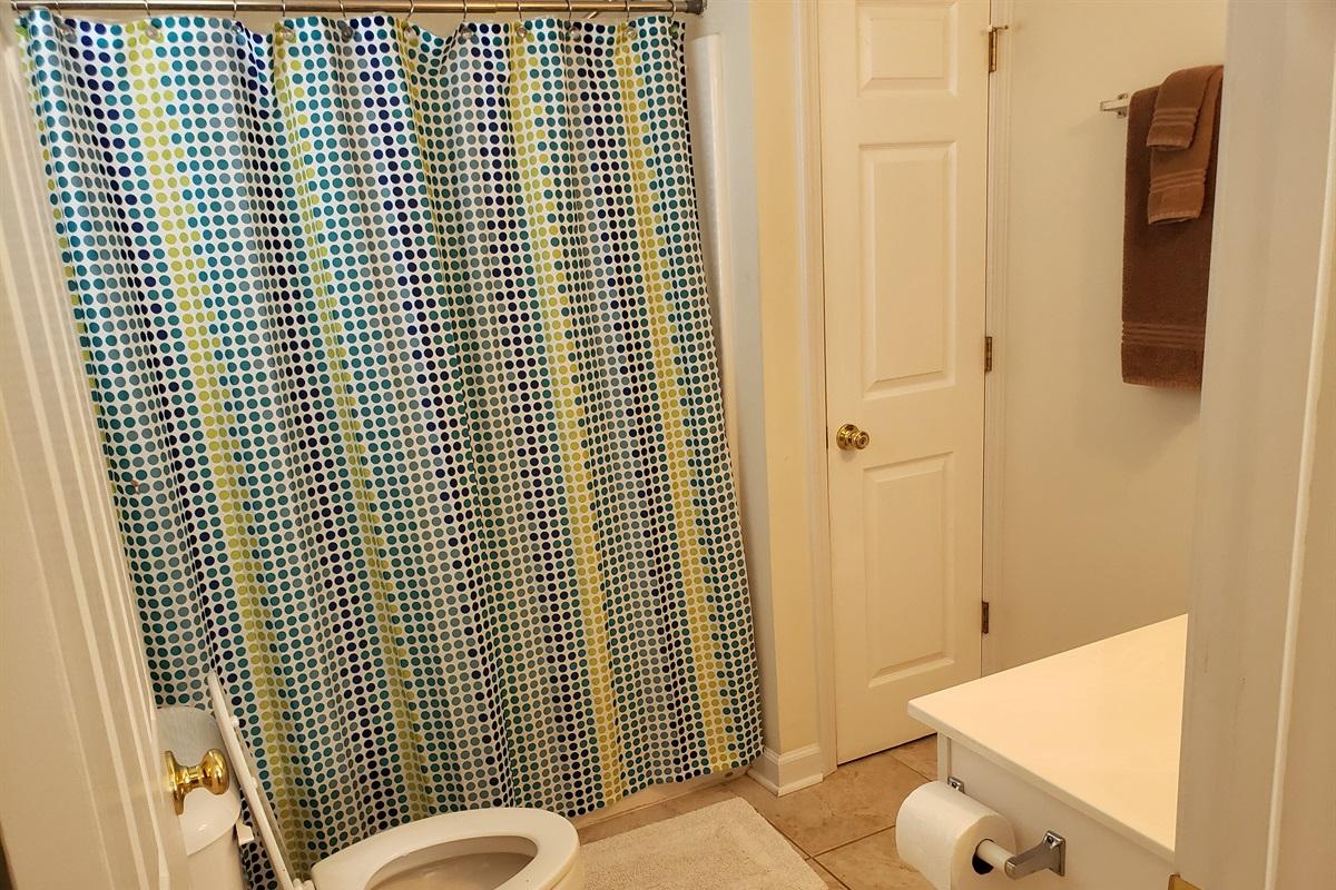 En suite Bathroom Shower