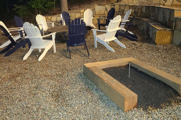 Outdoor Fire Pit Seating