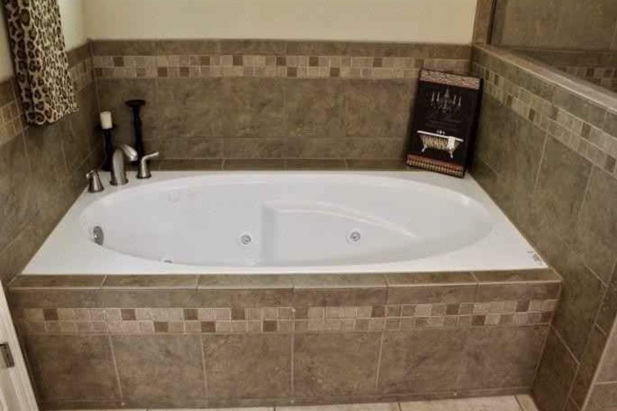 Soaking tub in master