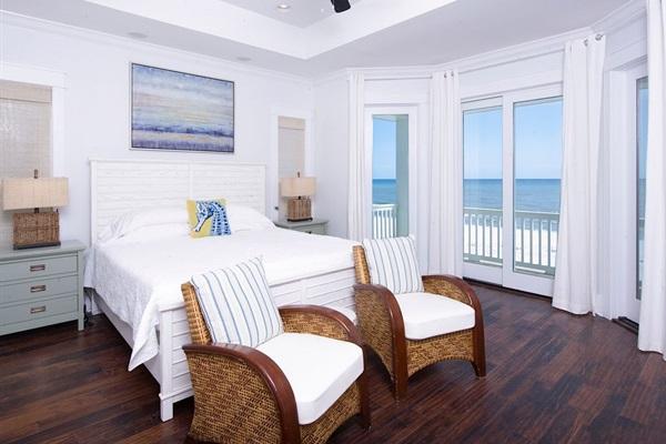 Main House 3rd Floor King Bedroom. Bath & Balcony Directly on the Gulf