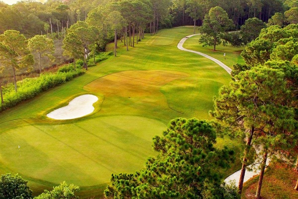 (1) Free Round of Golf at Emerald Bay Each Day