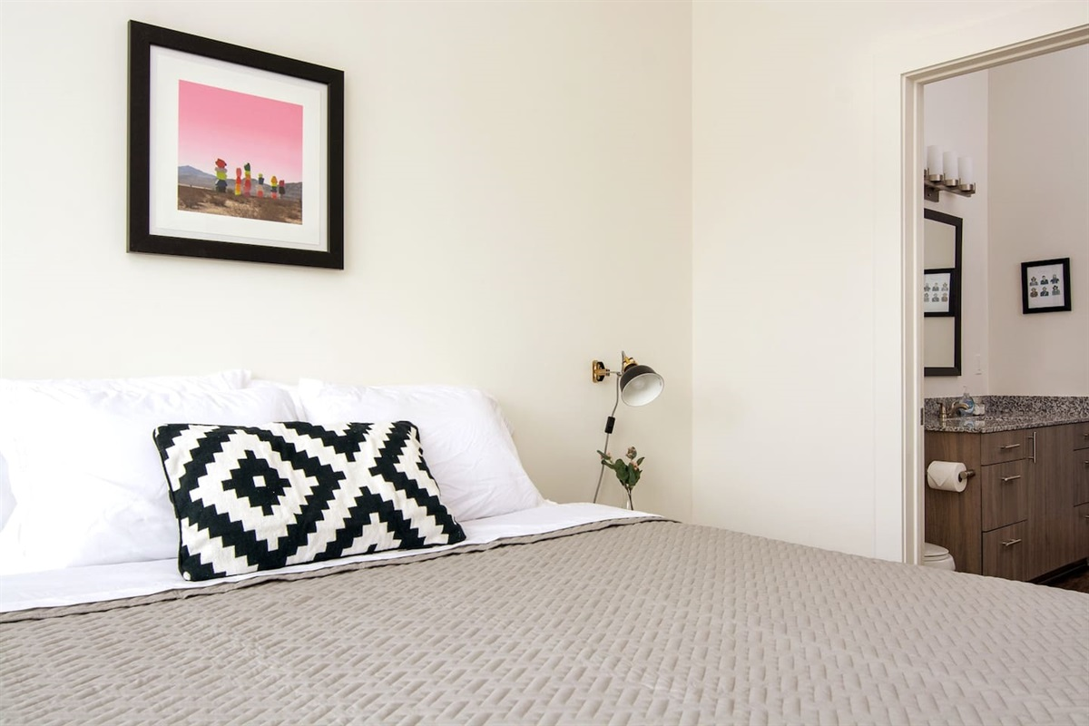 Giant king bed with a memory foam mattress topper - Bathroom connected