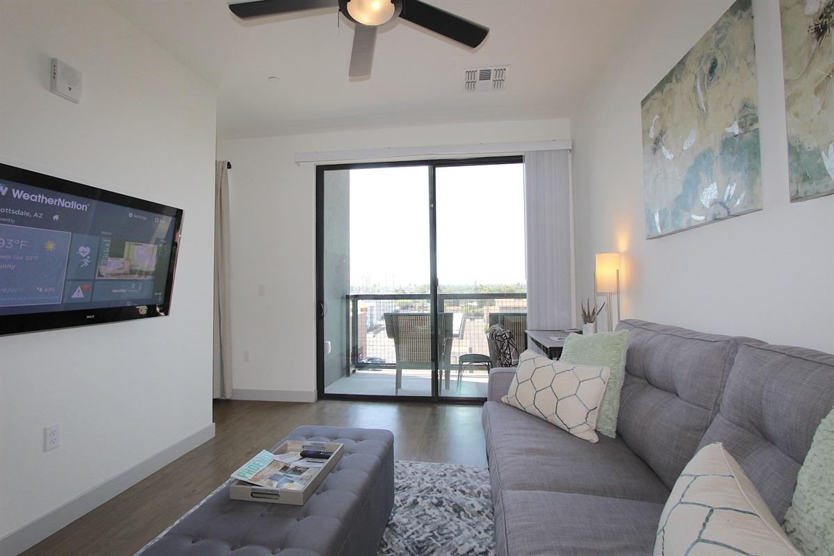 Living area with flatscreen TV-ROKU