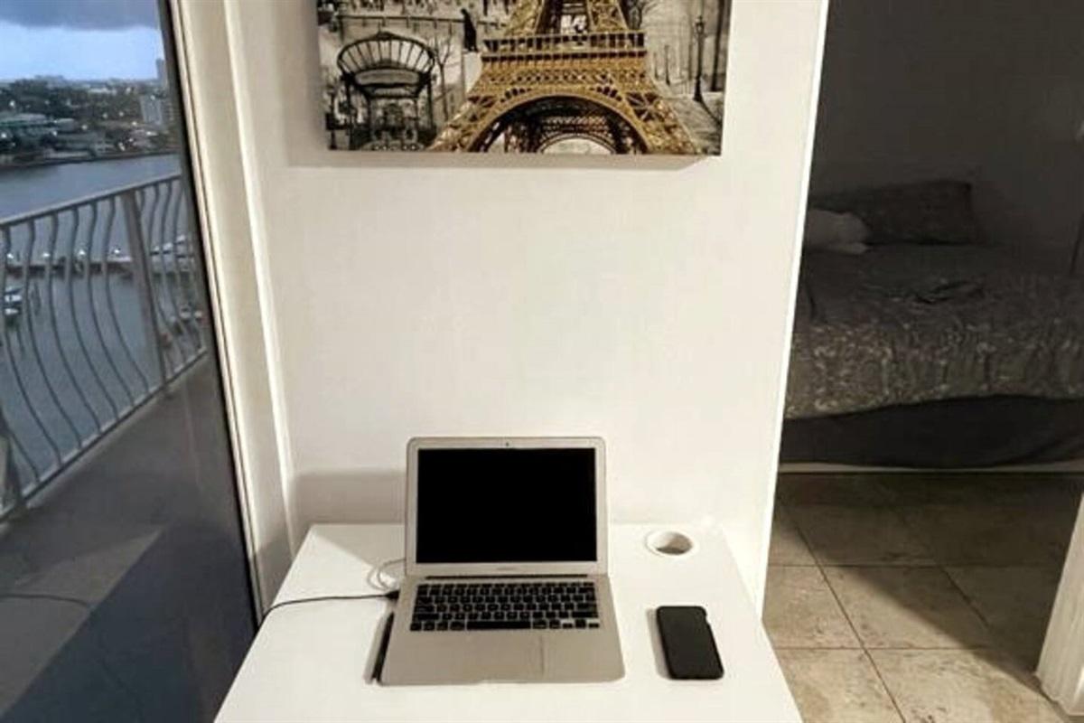 Laptop Friendly