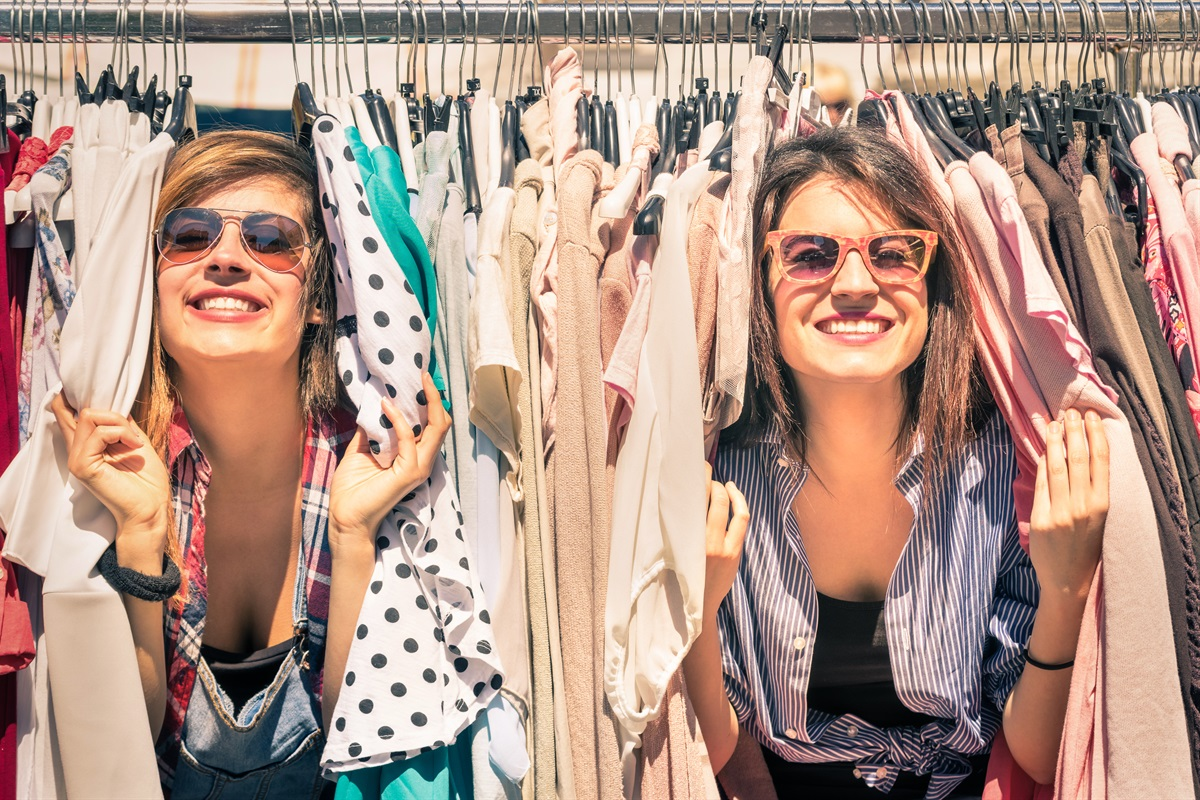 Shop the day away at nearby boutiques & shopping centers