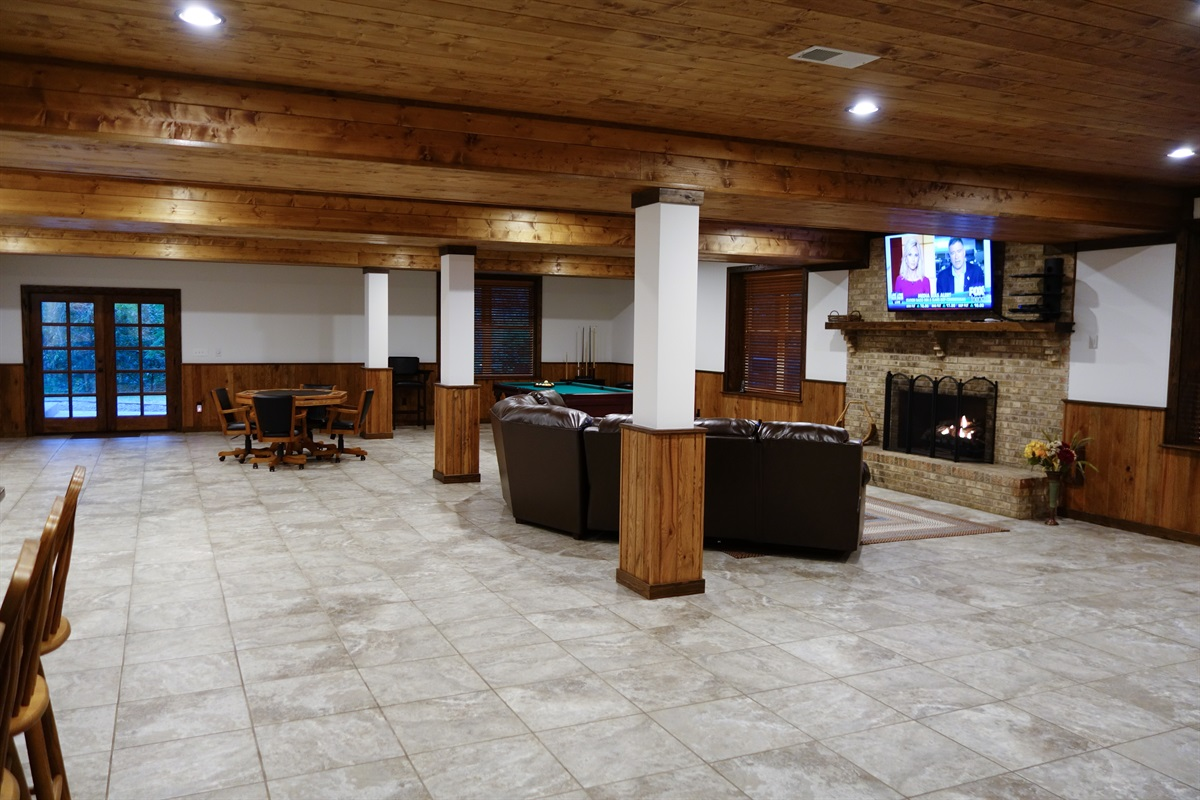 Large game room over 1500 sq. ft. in size on its own