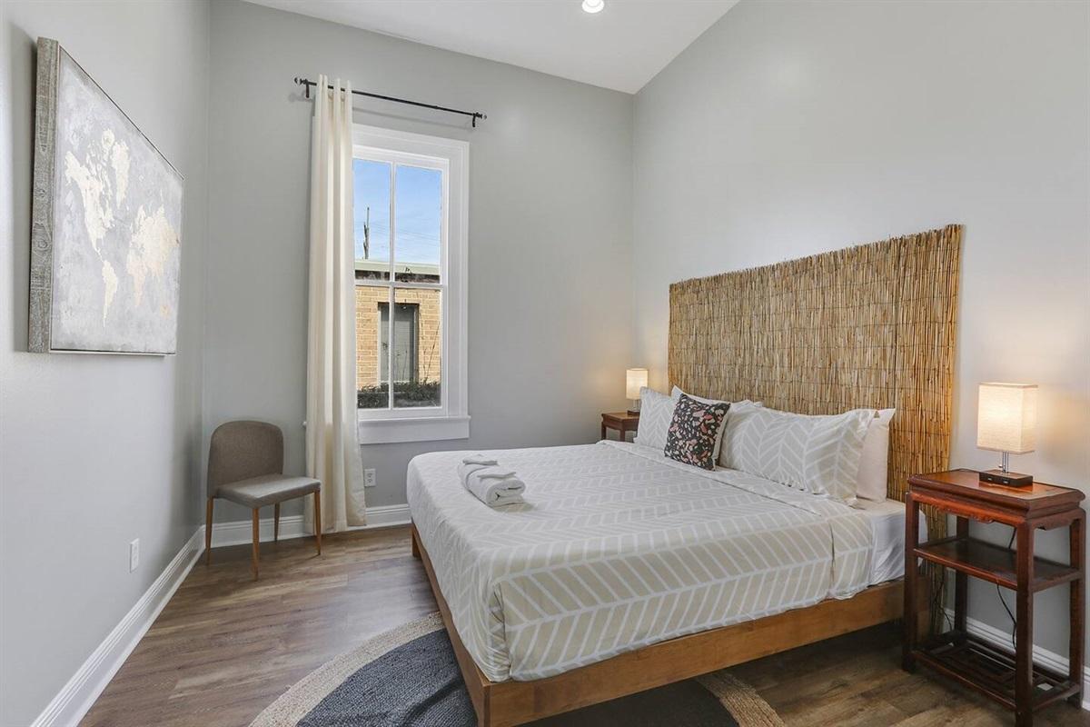 Bedroom 2. King bed. Closet.