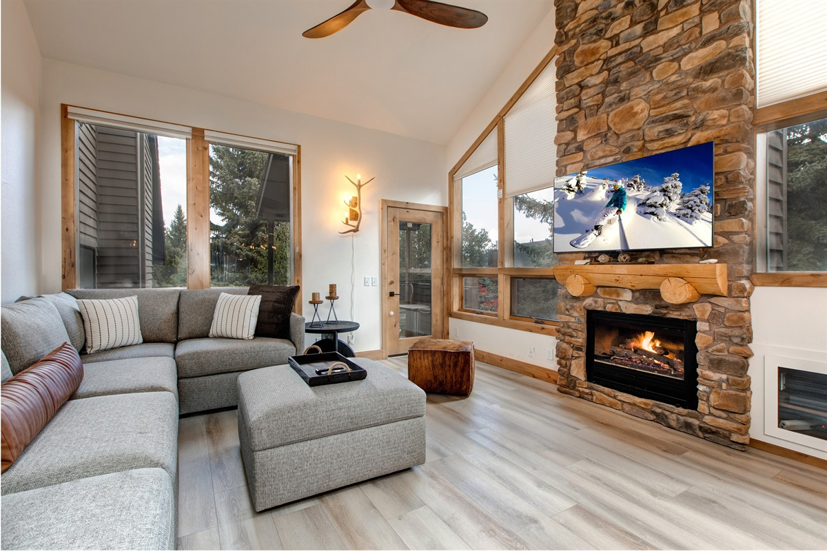 Living area - TV, Fireplace, covered deck with BBQ