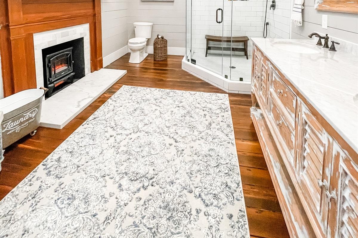 The Magnolia Suite Bathroom