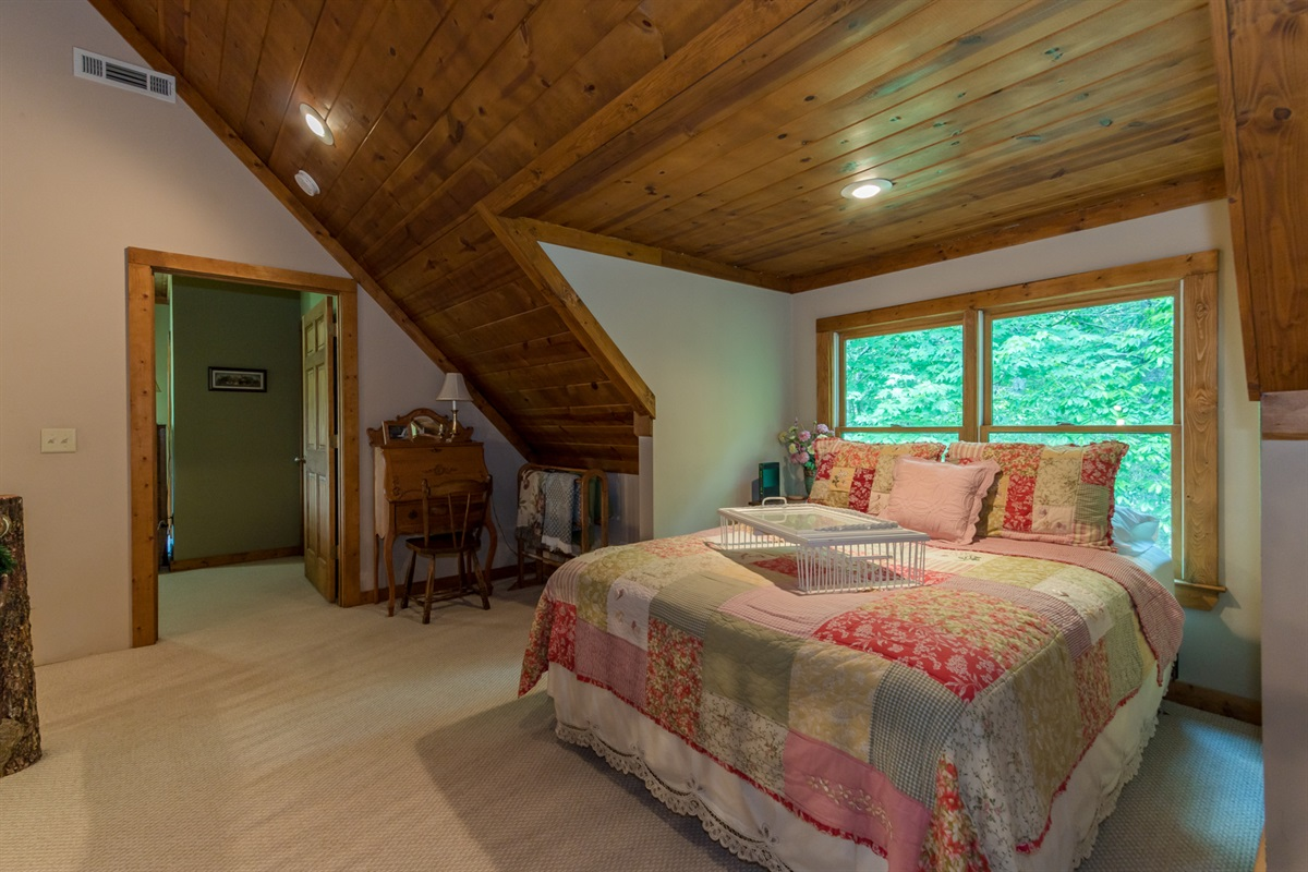 Loft Queen Bedroom with Access to Master Bedroom/Bath