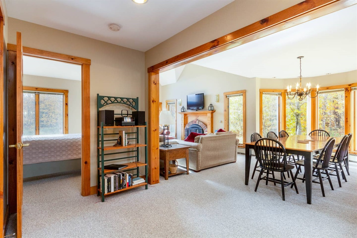 Large entrance hall welcomes you to the home.