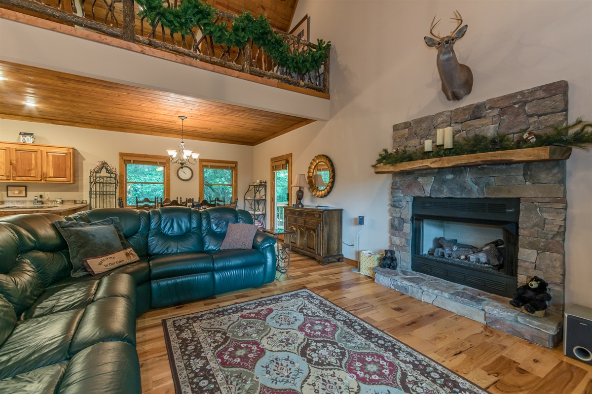 Gas Fireplace (Seasonal)