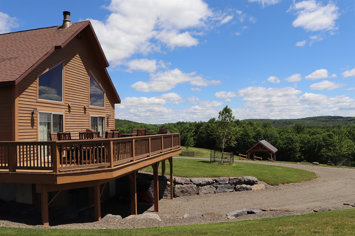 Incredible Skyviews from the deck and pavilion