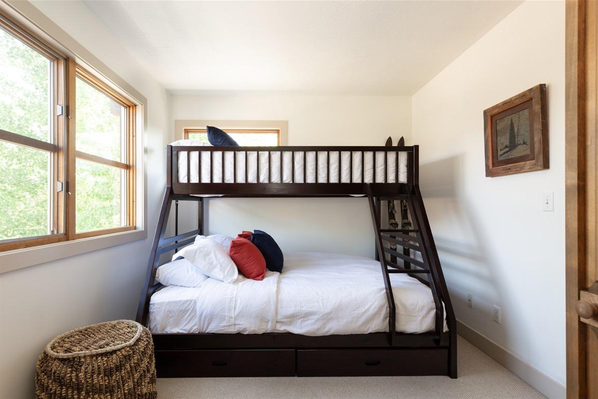 Bedroom 3. Queen with Twin XL over.
