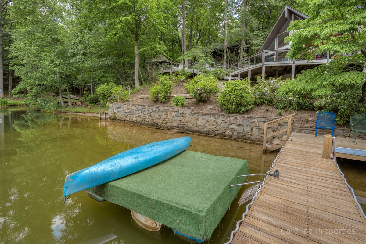 Two canoes available for guest use