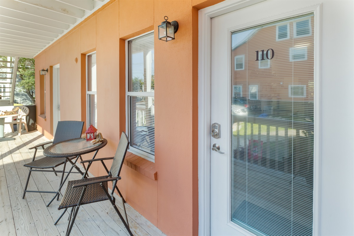 Wecome to Picture Perfect, #110 at The Ocean Inn!  * There are 3 steps up to this unit.*