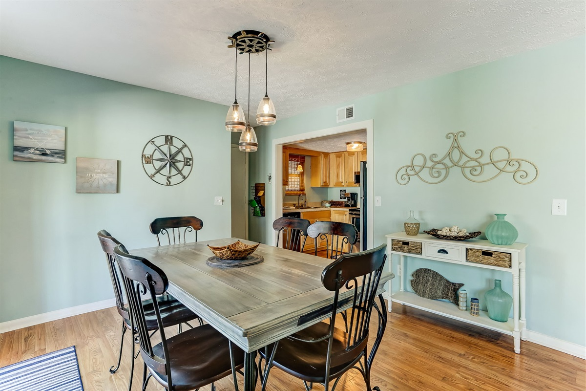 Great Space to Gather Family and Friends