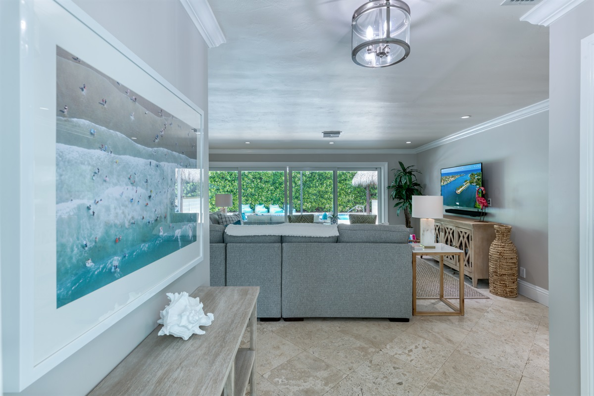 Step inside our tropical paradise home in Palm Beach Gardens.