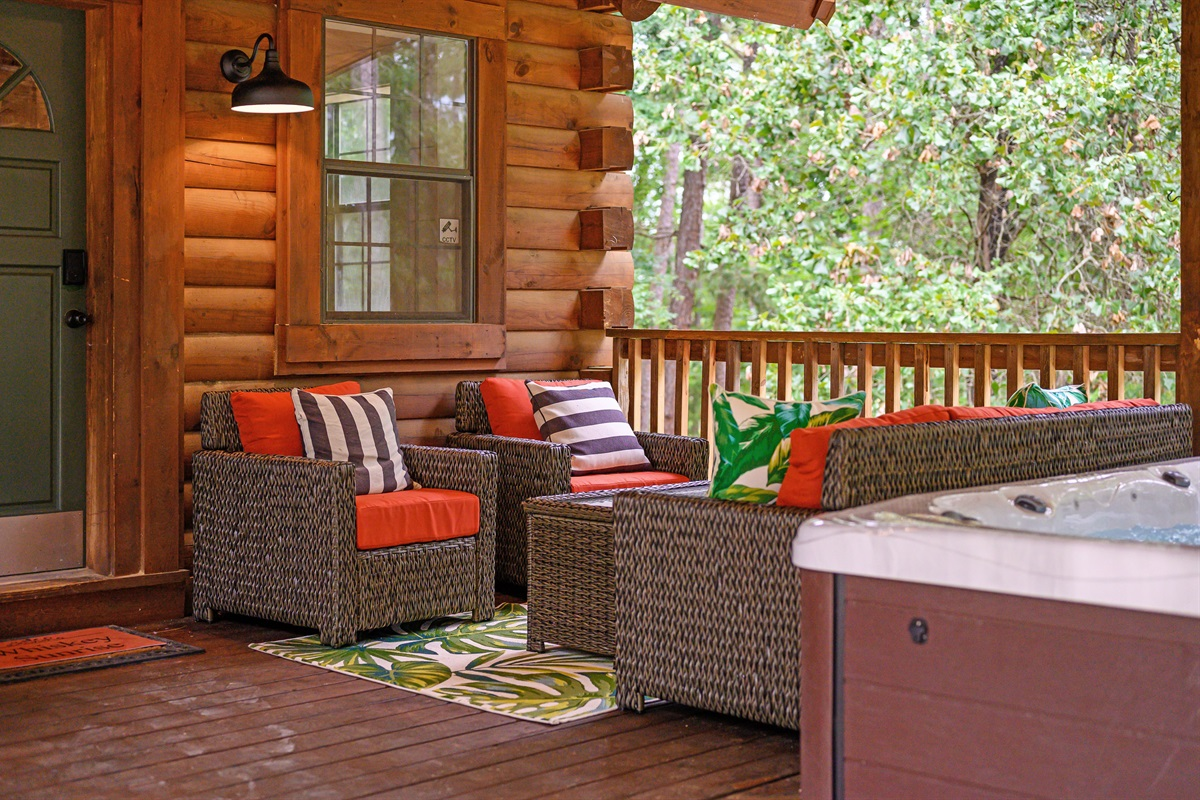 Back Porch has a new 4 burner grill with a side burner and new outdoor living furniture