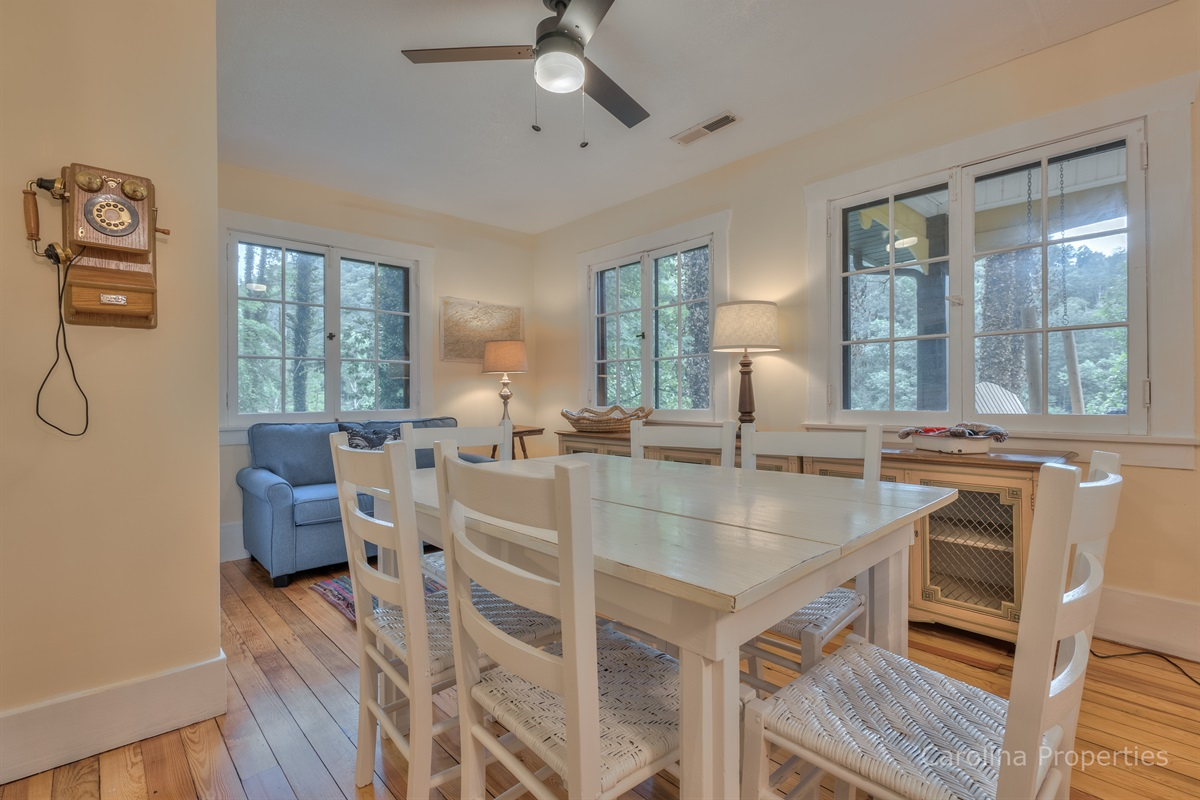 Upper level dining table with seating for 6