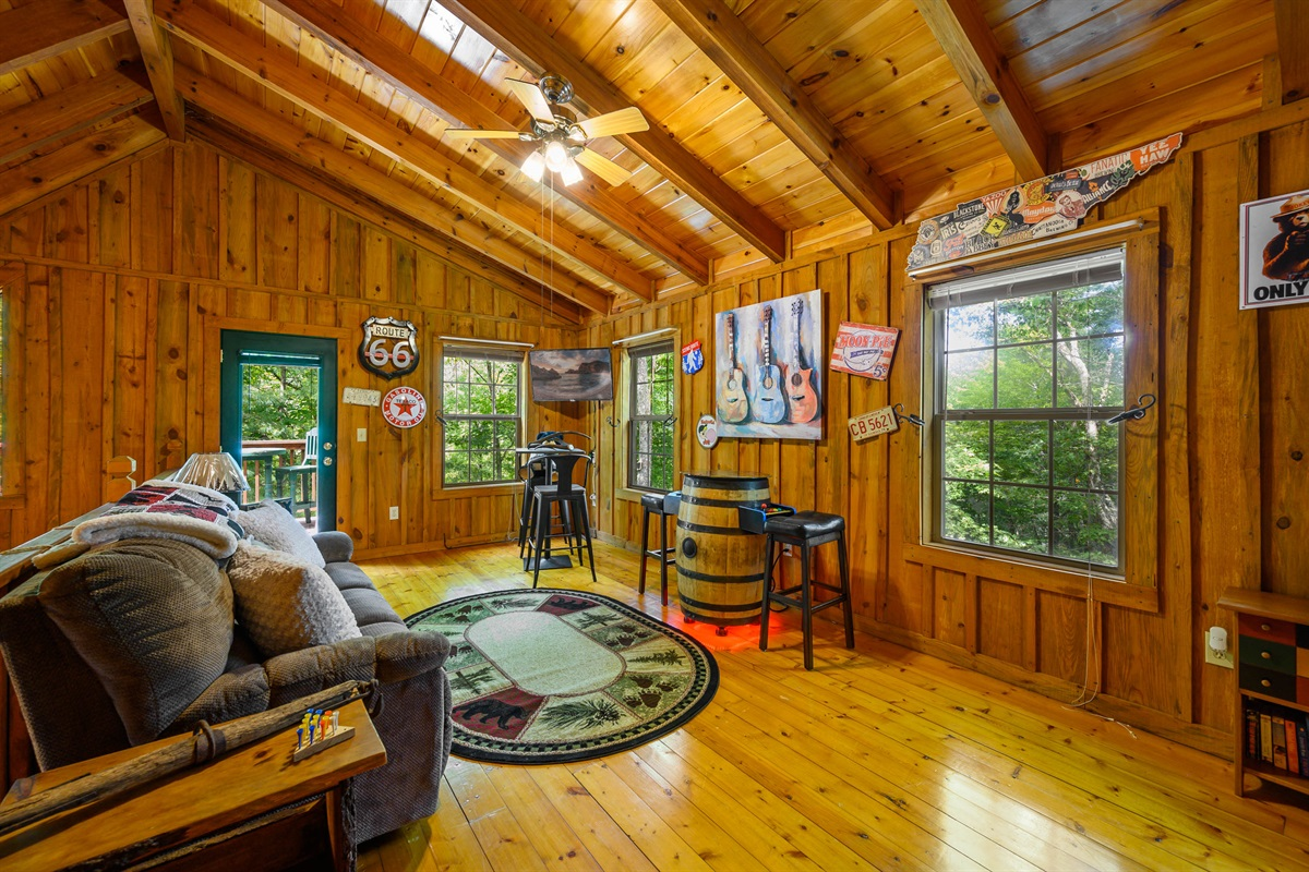Loft Area With Arcade, DirecTV, Laundry and Deck