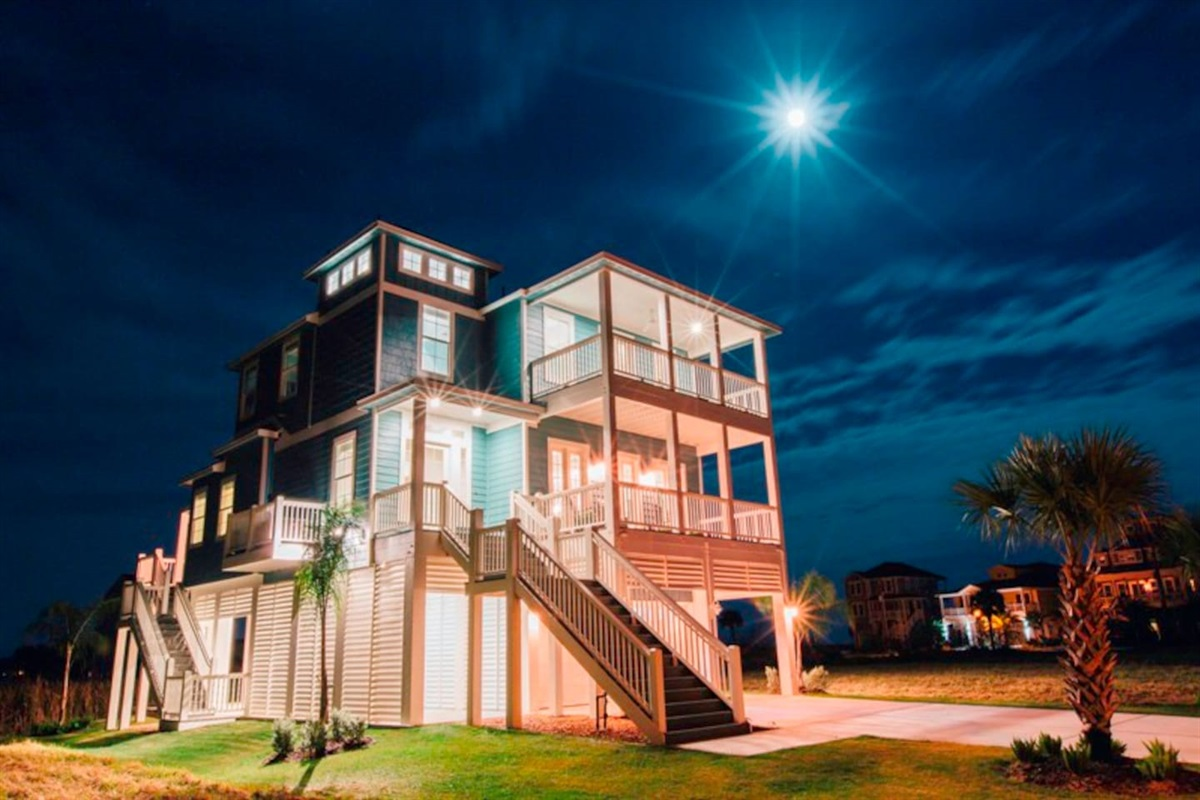 Family Tides - Coastal Waves Vacations - Galveston Beach House in Pointe West