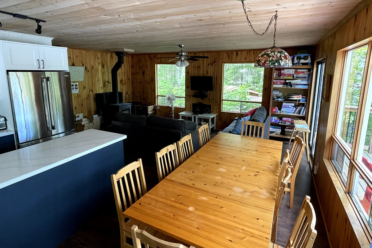 Cottage 2 dining table for 10-12