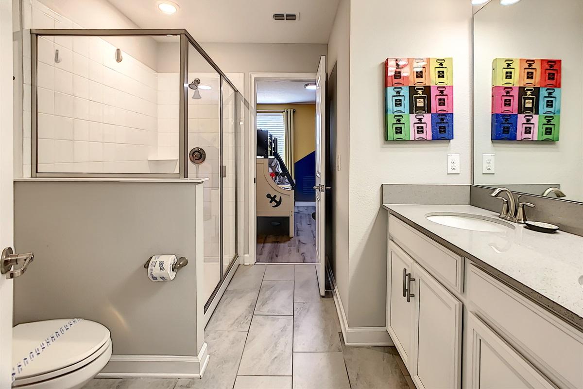 Bathroom Between Bedrooms #5 And #6