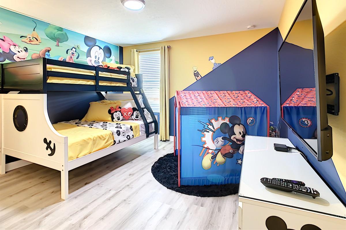 Bedroom #6-2nd Floor-Bunk Beds (Double And Twin)